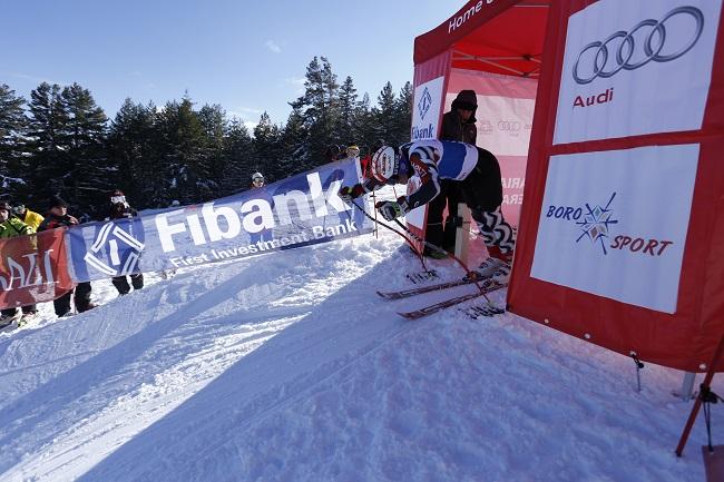 """Състезателките на ски клубовете """"Чамкория"""" и """"Боровец"""" Силвия Маджарска и Даяна Симеонова завоюваха съответно сребърен и бронзов медал от състезанията за купа """"Бороспорт"""", състояли се на 2 и 3 февруари […]"""