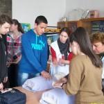 Младежи се учиха да оказват първа помощ