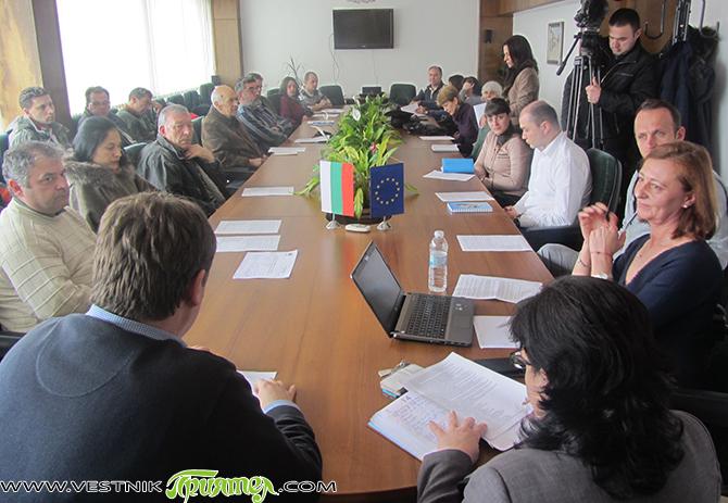 В среща на майсторите на художествени занаяти от Самоков, състояла се на 6 април, участваха и представители на Агенцията на регионално развитие на Рила, кметът Владимир Георгиев и зам.-кметът Сия […]