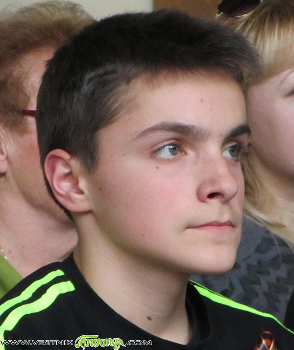 """Продължава дарителската кампания в подкрепа на Калин Иванов. Хиляди самоковци оказаха подкрепата си – кой с каквото и колкото може, на 16-годишния ученик в ПТГ """"Никола Вапцаров"""", диагностициран в началото […]"""