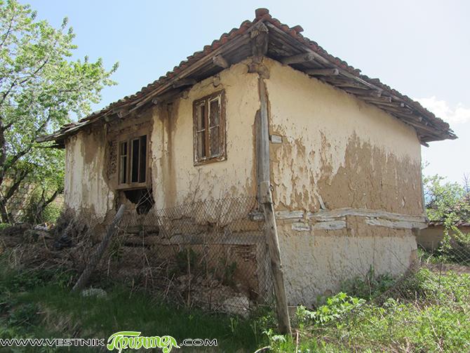 Постройки в Самоков и Боровец, които заплашват сами да се срутят, са били обект на проверка от работна група от общинската администрация. За резултатите от проверката докладва на априлската сесия […]