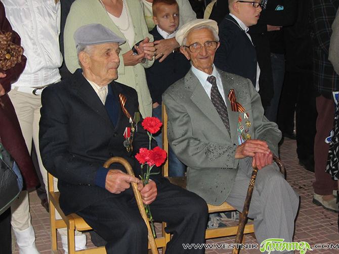 По повод 70-годишнината от победата над хитлерофашизма Русия награди българските ветерани, участници във Втората световна война. Посолството на Руската федерация в София е изпратило до Съюза на ветераните от войните […]