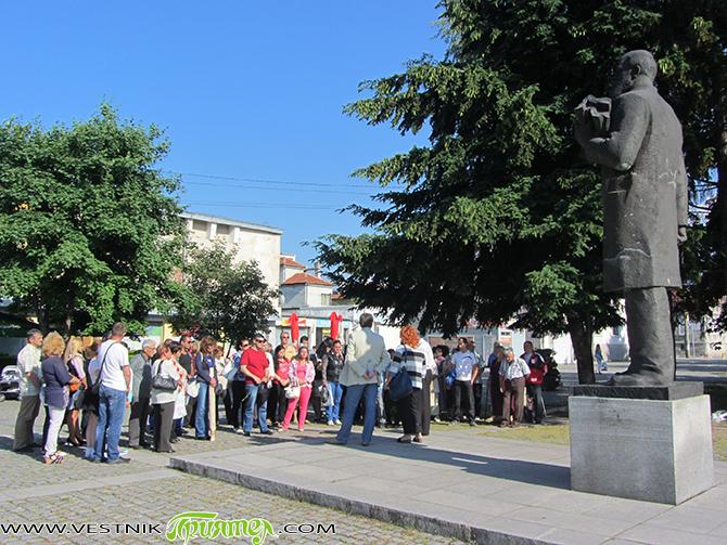 107-годишнината на първата на Балканите комуна – Самоковската /1910 г./, бе чествана на самия ден – 13 юни, пред паметника на народния представител Борис Хаджисотиров, вдъхновител на Комуната и създател […]