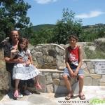 Набори от Радуил направиха водопровод и чешма край параклис