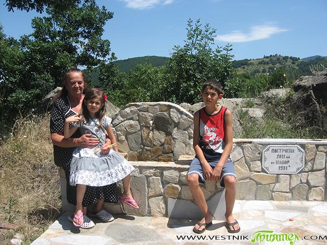 Защо наричат самоковското село Радуил Малката Света гора? Сигурно много читатели няма да повярват, но в това невероятно красиво село и около него са построени 11 параклиса, 2 църкви, а […]