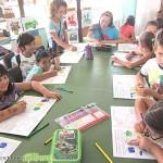 Деца получават екологично образование в библиотеката