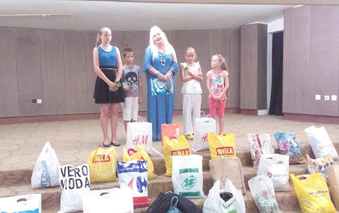Десетки наши съграждани се включиха в благотворителната кампания, организирана от директорката на Младежкия дом Латинка Щъркелова за събиране на дрехи и учебни помагала за семейство Шукадарови. Известно е, че бащата […]