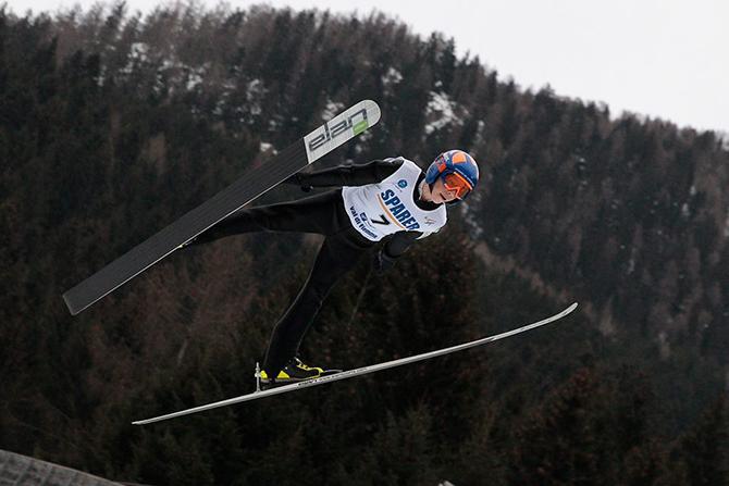Втория си най-добър резултат за сезона записа самоковският състезател в ски скока Красимир Симитчийски. 17-годишният спортист завърши на два пъти на 59-о място на 87-метровата шанца в немския зимен център […]