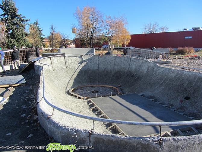 """Край р. Искър и близо до супермаркет """"Била"""" се строи скейт парк, който според специалисти ще бъде единствен по рода си в България. Строител е варненска фирма. Запознати споделят, че […]"""