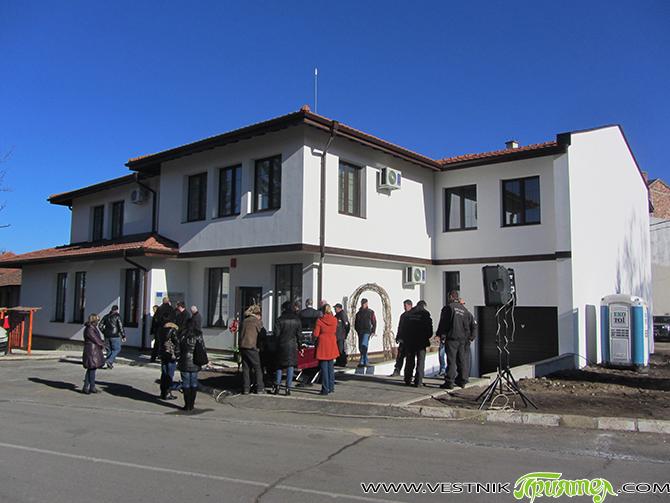 """На официална церемония на 22 декември дирекцията на Национален парк """"Рила"""" откри в града ни Посетителски информационен център. Сградата е на два етажа, с обща площ от 960 кв. м, […]"""