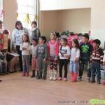 Тони Томпсън от Световната банка гостува в Ярлово, осигури подаръци за учениците