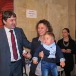Плакети със символите на Самоков зарадваха родителите на бебета