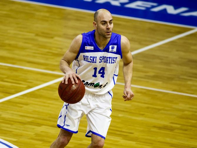 """Капитанът на """"Рилски спортист"""" Йордан Бозов е най-обичаният играч на клуба от страна на неговите привърженици. Това стана ясно след приключването на първия етап на анкетата във Фен-мениджър платформата на […]"""