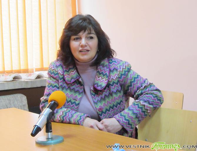 Ирена Коцева подаде оставка като ръководител на ГЕРБ в Самоков, посочвайки лични мотиви. На заседанието на 27 юли оставка е подал и организационният секретар – д-р Николинка Баранска. За временно […]
