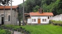 Двамата мъже, нападнали игумена на манастира в Кокаляне и задигнали от него мобилен телефон и 200 лв., са жители на Самоков, съобщиха от МВР. Инцидентът станал вечерта на 24 юни, […]