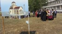 """""""Свети Пантелеймон"""" ще се нарича, както е известно, новата черква, която предстои да бъде изградена в двора на болницата. Храмът ще обслужва и миряните от най-големия квартал в града ни […]"""