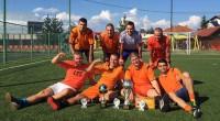 """За втора поредна година """"Холандците"""" спечелиха надпреварата по мини футбол по случай Празника на Самоков, състояла се от 19 до 21 август на двете игрища с изкуствена настилка на Спортния […]"""
