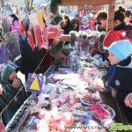 Коледен базар на площада зарадва стотици самоковци /СНИМКИ/
