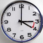 В неделя местим часовниците с 1 час напред