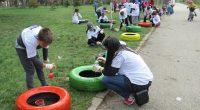 """Много млади любители на изкуството участваха в организираната на 22 април от Общината акция """"Оцвети парка"""", посветена на Деня на Земята, който се чества по традиция на същата дата. Покрай […]"""
