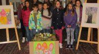 Ценители на изкуството, сред които и почетният гражданин на Самоков Христофор Пейчев, се потопиха в света на детското творчество и въображение на 19 април в Сарафската къща при откриването на […]