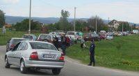 """Десетки самоковци се отзоваха днес на призива за протест срещу лошото състояние на пътната инфраструктура в района. Протестиращите се събраха на паркинга на """"Т маркет"""" към 13 ч., а час […]"""