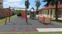 """Детска градина """"Пролет"""" се модернизира. Изградени са нови детски площадки, отговарящи на съвременните изисквания за безопасност, поставена е ударопоглъщаща настилка. Завършена е и новата масивна ограда. Ремонтирани са помещенията и […]"""