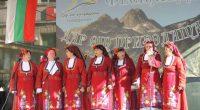 """Юбилейният пети национален фолклорен фестивал """"Дар от природата"""" се състоя в събота и неделя – на 26 и 27 август, в Говедарци – най-голямото село в общината ни. Тук, на […]"""