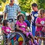Деца със специални потребности на спортен лагер в Боровец