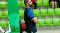 """Един от обещаващите млади треньори в школата на """"Рилски спортист"""" Даниел Клечков смени отбора и премина в редиците на столичния """"Шампион 2006"""". През последния сезон 27-годишния наставник водеше няколко набора […]"""