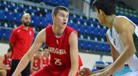 Националният отбор за юноши до 18-годишна възраст завърши на 14-о място на европейското първенство в дивизия Б, състояло се от 26 юли до 4 август в Орадя, Румъния.Българите започнаха участието […]