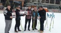 """Почетният председател на фондация """"Петър Попангелов и приятели за Боровец"""" Петър Попангелов и популярната спортна фирма """"Росиньол"""" направиха дарение на млади самоковци – бъдещи звезди на алпийските ски. Ски клубовете […]"""