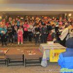 Коледно парти в Младежки дом зарадва млади и по-възрастни самоковци