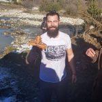 Георги Попов спаси кръста в Говедарци