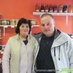 Хижарското семейство Зашеви се обърна към здравословното хранене и отвори био магазин