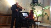 Оригинален концерт сътвориха проф. Йосиф Радионов и Зорница Радионова в Ритуалната зала на 26 януари. В зимния следобед любителите на класическата музика се потопиха в репертоара на немски автори, български […]