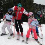 50 скиори се включиха в открития урок по ски на Петър Попангелов