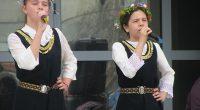 """Светлият християнски празник Лазаровден, известен в Самоковско още като Лазарица, бе почетен и в нашия град с тържество край Червения мост над река Искър /зад зала """"Самоков""""/. Организатор на родолюбивата […]"""