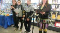 """Победителите в общинския кръг на Ученическите игри бяха наградени на тържество пред музейната сбирка на спорта в зала """"Самоков"""". Общо 590 ученици се състезаваха отборно и в различни възрастови групи […]"""