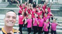 """Поредно отличие спечелиха участничките в танцово студио """"Кати"""" с хореограф и ръководител Катрин Митева. В петък, 20 април, над 20 момичета съставиха три формации и участваха в различните възрастови групи […]"""