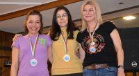 Дори и в нестандартно ски състезание – за банки и партньори, Самоков отново излъчи свой представител сред призьорите в лицето на Евгения Гончева, която триумфира и в двата старта в […]