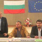 """Зашкев и ген. Атанасов представиха обединение """"Демократична България"""" и скочиха на властта"""