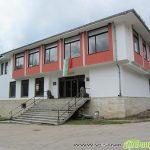 Долни Окол и Поповяне се благоустрояват с кът за отдих и спортна площадка