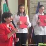 """Ученици от ОУ """"Митрополит Авксентий Велешки"""" подредиха изложба в училището си"""