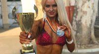 """Културистката Ралица Кашинова стигна до нов връх в своя професионален път. Чаровната блондинка грабна сребърен медал в категория """"Бикини фитнес"""" за модели до 164 см от балканското първенство, състояло се […]"""