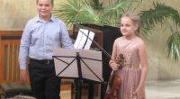 Младите изпълнители Диана Чаушева и Ивайло Василев сътвориха мини празник на класическата музика в Ритуалната зала на 22 юни. С цигулка и пиано те докосната и най-нежните струни в душите […]