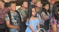 """Дванадесетият национален ученически конкурс """"Не се гаси туй, що не гасне"""" бе тържествено закрит на общинско ниво на 14 юни. Участниците – ученици и преподаватели, родители и гости, бяха посрещнати […]"""