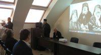 Силно бе самоковското присъствие и участие в Дванадесетите Цар-Шишманови дни. Традиционният научен форум, посветен тази година на 220-годишнината от рождението на митрополит Авксентий Велешки, се състоя от 5 до 7 […]