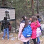 Млади хора от Благоевград се възхитиха на екопътеката над Бели Искър