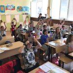 """Фондация """"Въздигане"""" зарадва самоковски ученици със """"Заветът на кан Кубрат"""""""
